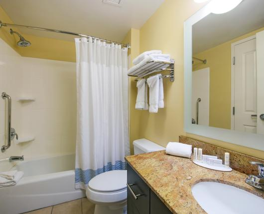 TownePlaceSuites_Bathroom_DiscoverLehighValley