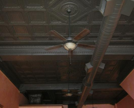emmas-cafe-tin-ceiling.jpg