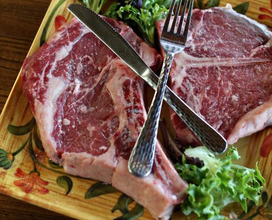 idp-steak-raw.jpg