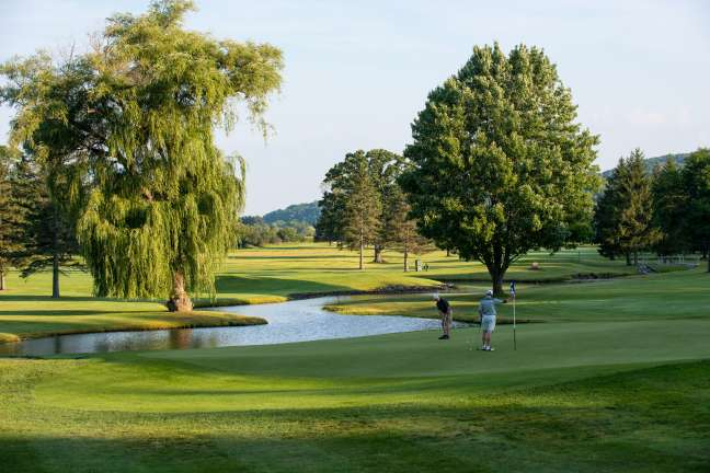 Colgate Inn Golf Package