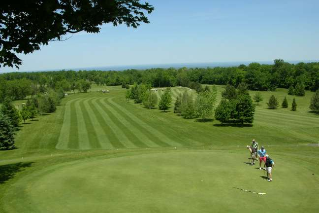 Bird Brook Bed and Breakfast Golf Package