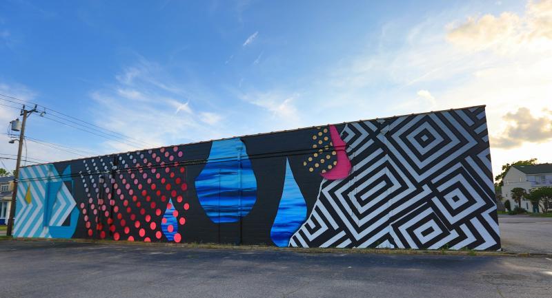 Artist Jeremiah KilleCaliforniaContemporary patterns, geometric shares and large rain drops.
