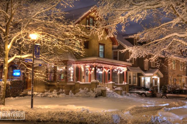 Homes decked out for the holiday season. Photo by Jim Montanus