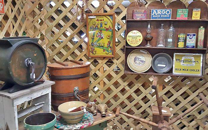 Laughlintown Antique Mall