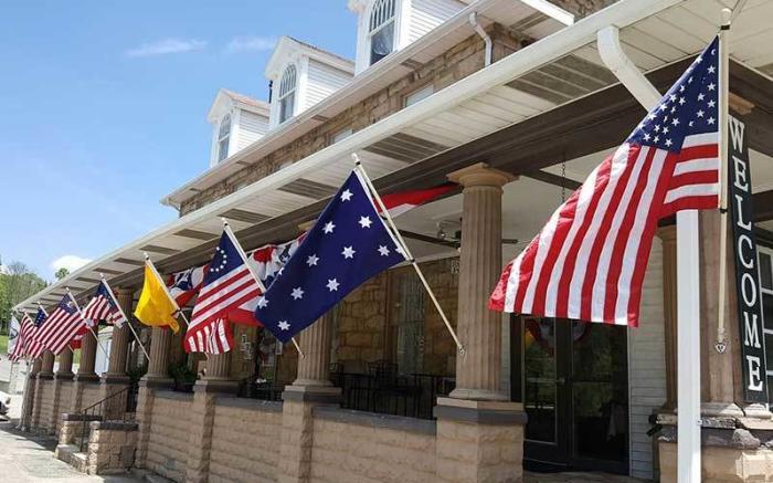 Stone House Restaurant & Country Inn
