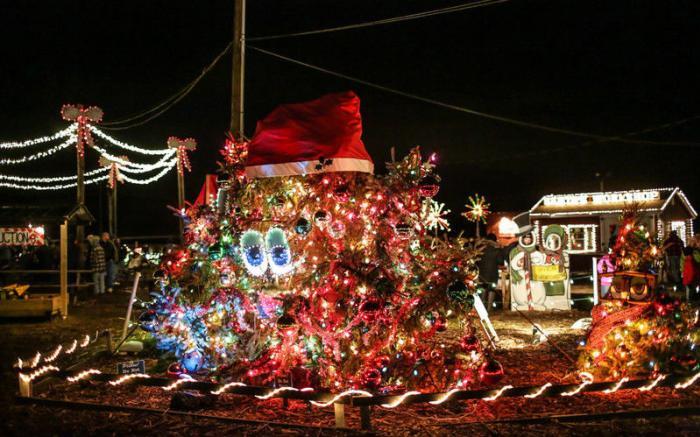 Henny Hemlock, the Talking Christmas Tree and his Great Grand-Nephew, Harold