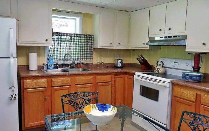 Blacksmith Cottage Kitchen