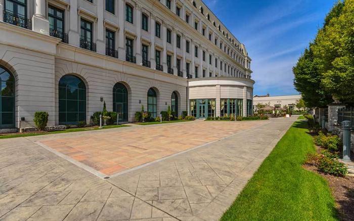 Lafayette Gardens