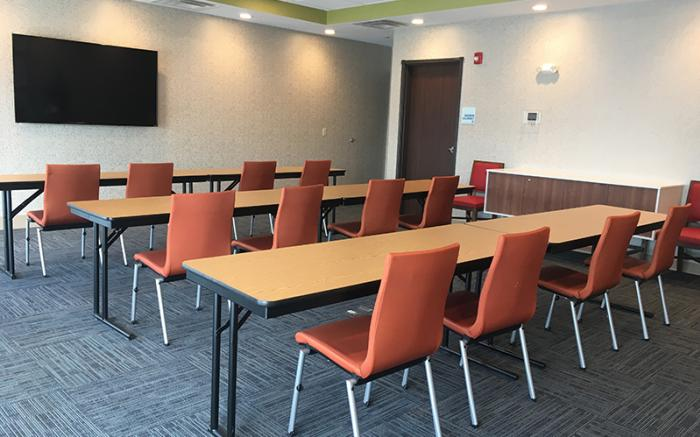 Holiday Inn Express Uniontown - Meeting Room