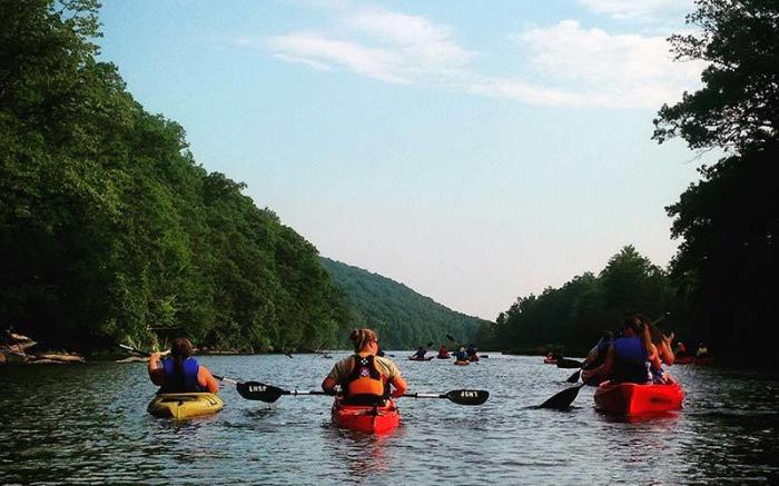 Laurel Hill Lake Kayak - Photo Credit: Sheena Baker
