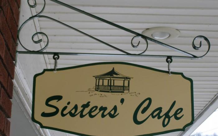 Sisters Cafe 2
