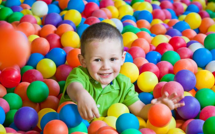 Idlewild and SoakZone - Bubbling Springs Ballpit