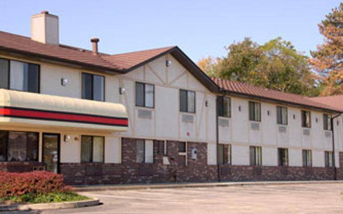 Super 8 Motel Delmont