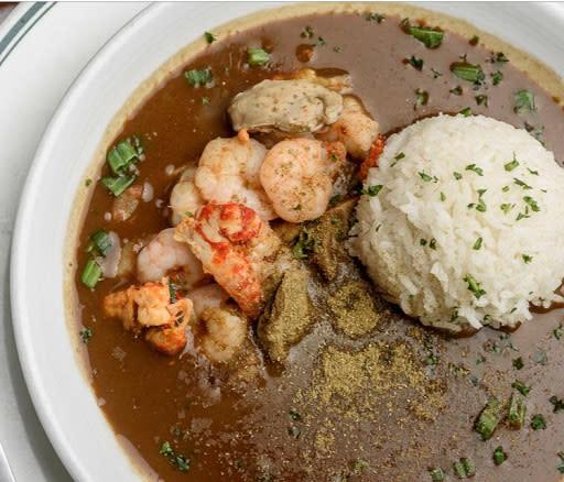 File Gumbo | Landry's Seafood Lake Charles, LA