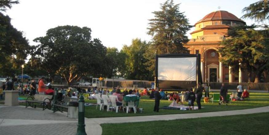 Movies in the Gardens at Sunken Gardens