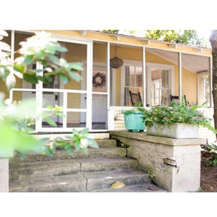 The Bradford House. 1212 Bowen Avenue. Ocean Springs, MS 39564
