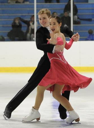 Anna Pettersson an TJ Carey Ice Skating