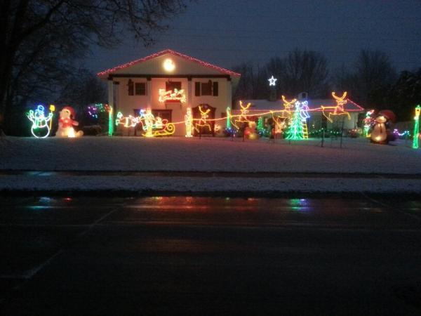 Best Christmas Lights Display - 11314 Kings Crossing