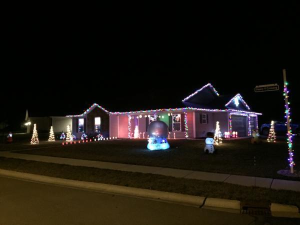 Best Christmas Lights Display - Henry V Crossing