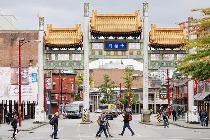 Chinatown: Millennium Gate