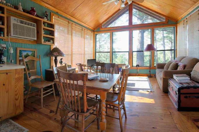 Eagles Cabin Common Room