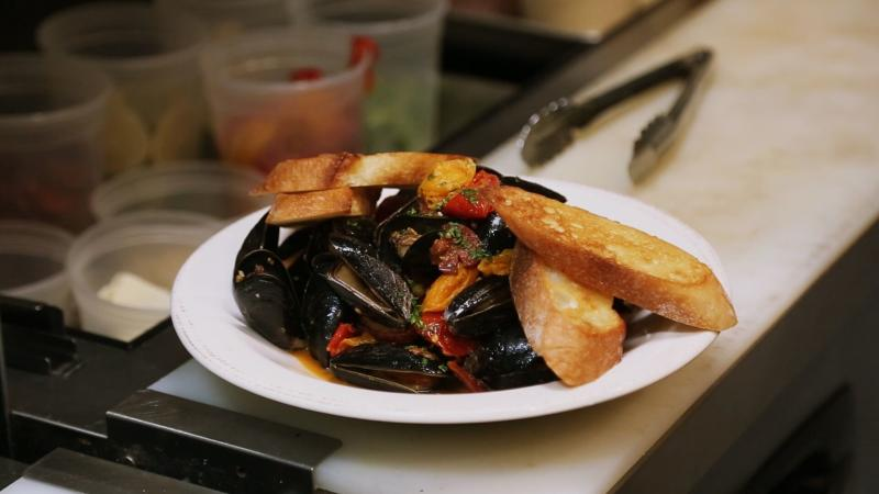 Creole mussels