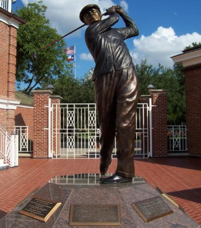 Statue of Ben Hogan at the Colonial Country Club