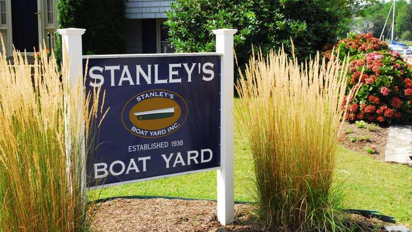 Stanley_s_Boat_Yard.JPG(1).jpg