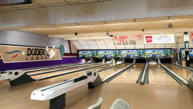 dudek bowling-warren.jpg