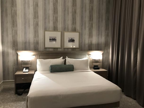 Delta hotel room
