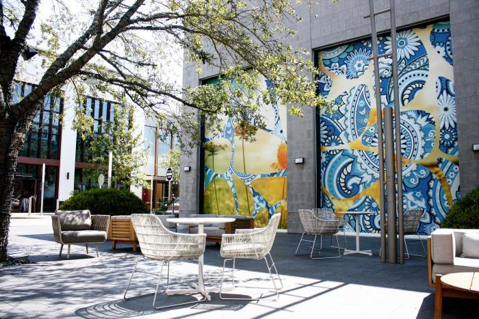 River Oaks District Lounge Area
