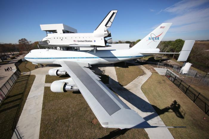 Space Shuttle Mounted on Jumbo Jet