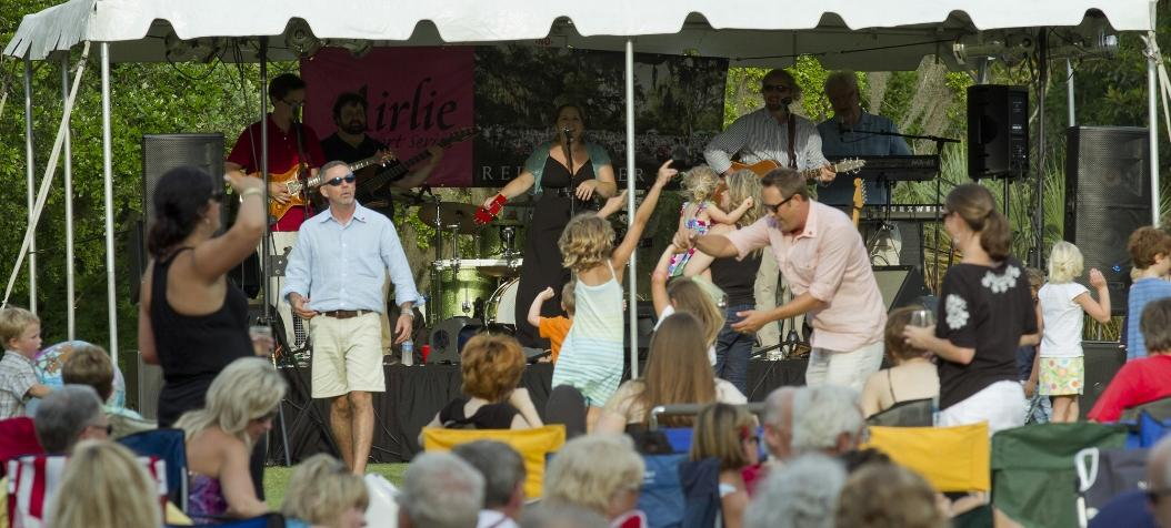 Airlie Gardens Concert and Crowd