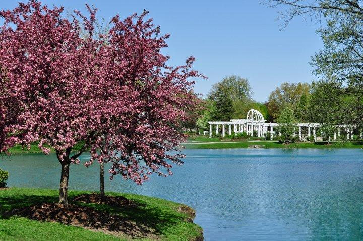 Lakeside Park and Rose Garden in the Spring - Fort Wayne
