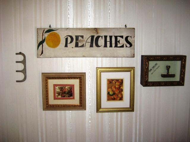 Peaches Historic Sign