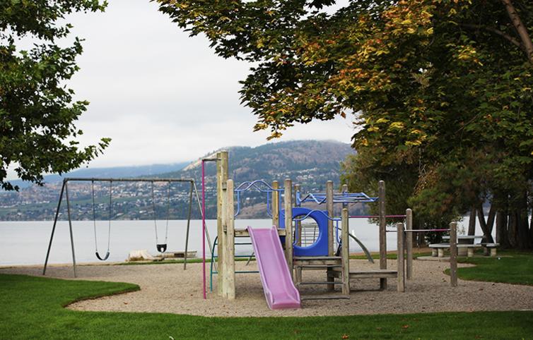 Sarsons Beach Park Playground