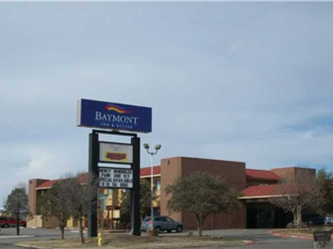 Baymont Inn & Suites - Airport