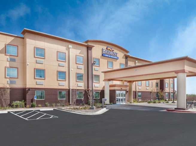 Baymont Inn & Suites - I-20