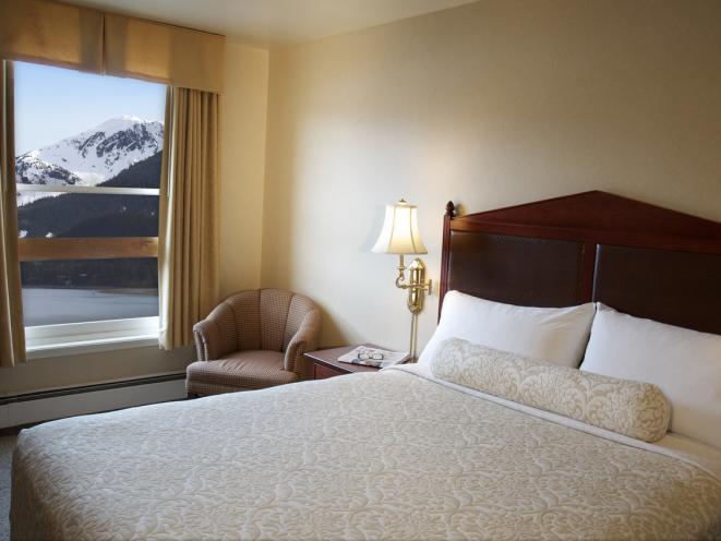 Queen Standard Room View