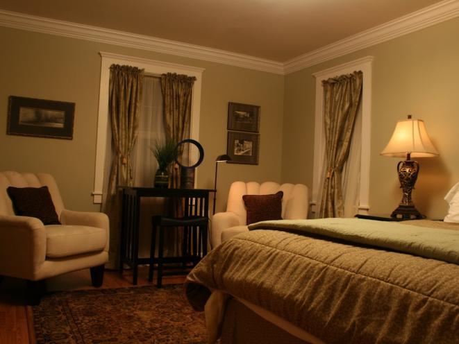 Fiddlehead Room