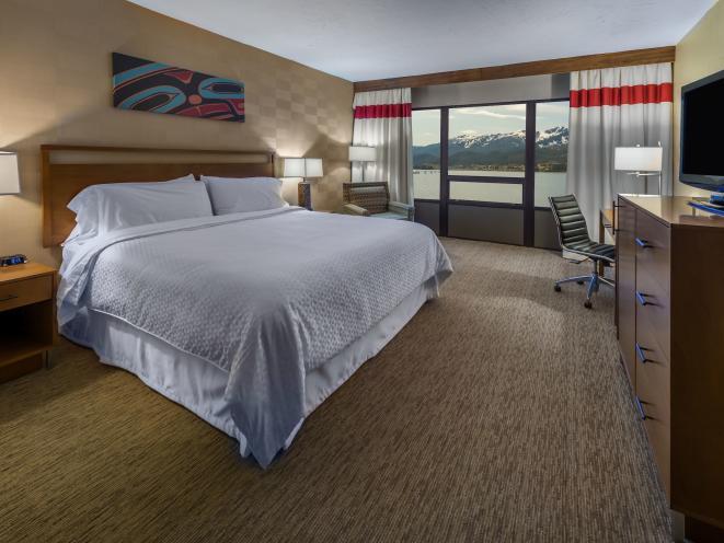 FourPts Juneau_King Suite_2017