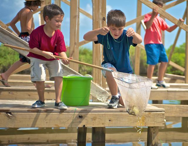 Kids Crabbing