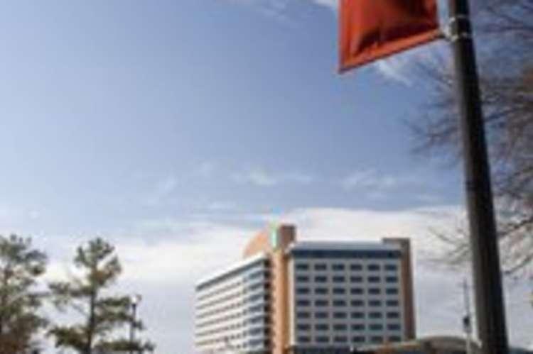 embassy_suites_hville.jpg