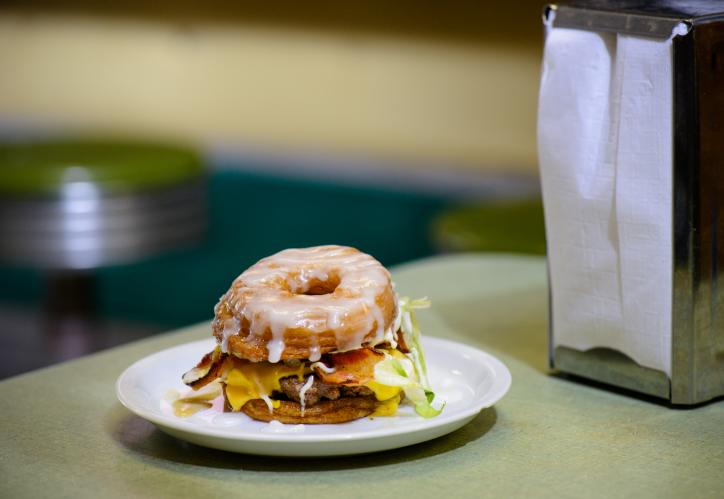 Donut Hamburger from Cotten