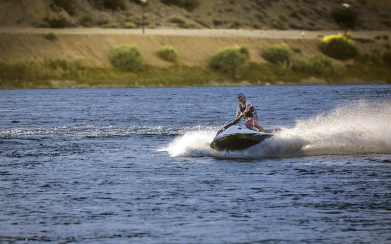Laughlin jet ski