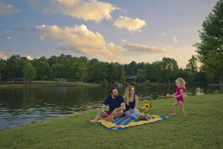 Lake Sinclair Family