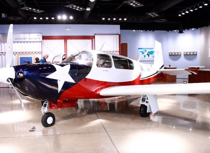 Yo Mariana - Lone Star Flight Museum