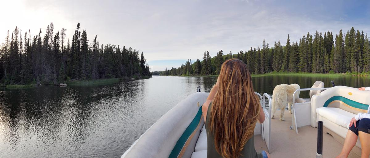 Bakers Narrows Lodge Pontoon Ride