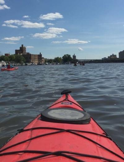 Kayak_Prairie_Street