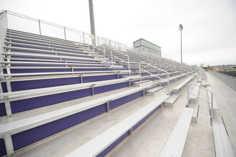 INDIANOLA COMMUNITY SCHOOL DISTRICT - Football Bleachers - 6